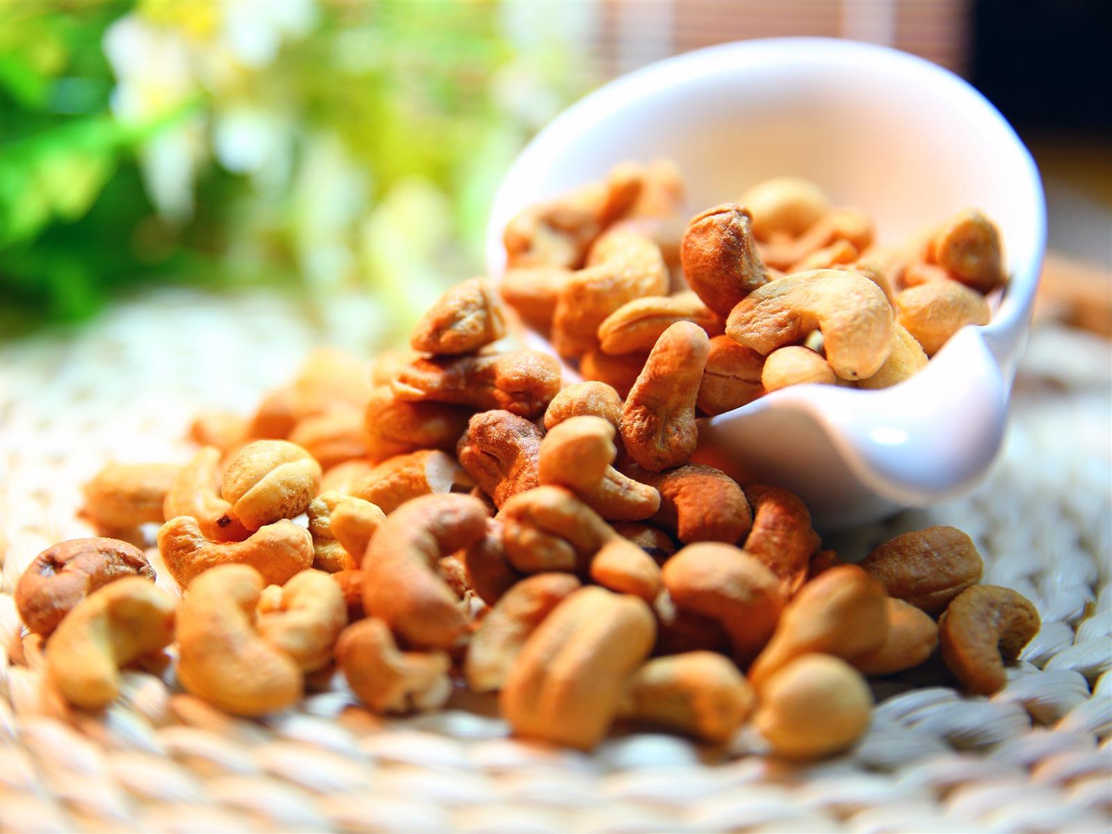 Buy Cashew nuts 1 Kg Online