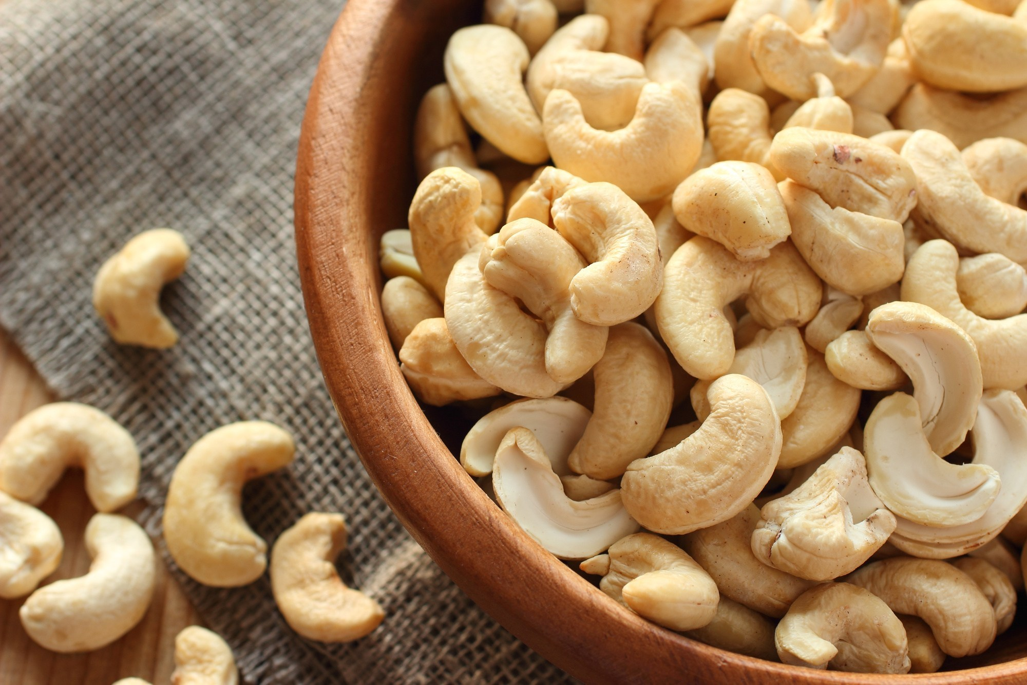 Leading Cashew Suppliers in Delhi